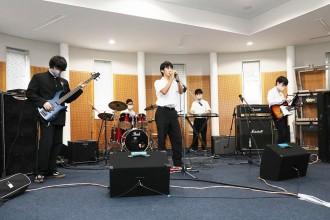 軽音楽部01